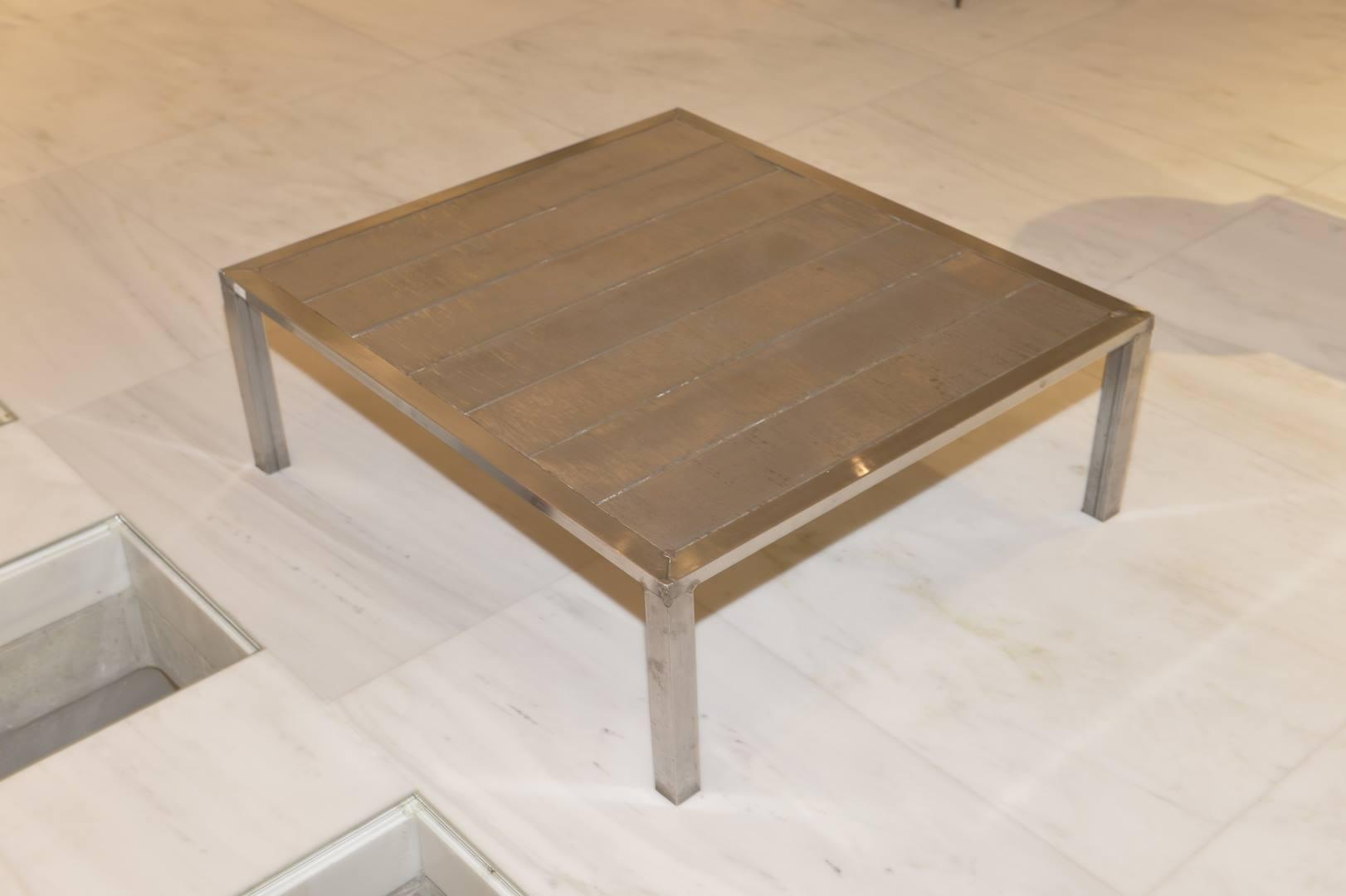 TABLE BASSE,ACIER INOXYDABLE